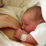 母乳が出ない!母乳育児で悩まないためのポイント5つ!
